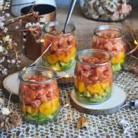 Tartar de salmón con mango y aguacate